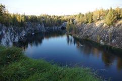 Карельский мраморный каньон Стоковые Фотографии RF
