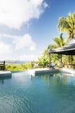 карибская вилла взгляда бассеина острова grenadine стоковые изображения rf