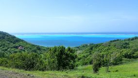Карибский вид на море от горы в острове Провиденса в Колумбии стоковая фотография