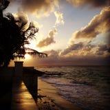 Карибский заход солнца на пляже Стоковая Фотография
