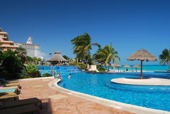 карибский курорт бассеина Стоковое Изображение RF