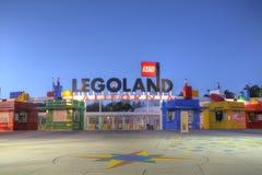 КАРЛСБАД, CA - 5-ОЕ ФЕВРАЛЯ: Legoland Калифорния в заходе солнца, 5-ое февраля, Стоковое фото RF