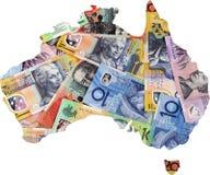 Карта Австралии с австралийскими деньгами Стоковые Фотографии RF