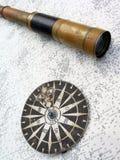 карта компаса биноклей подняла Стоковые Изображения