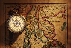 карта компаса antique латунная старая над Таиландом Стоковая Фотография RF