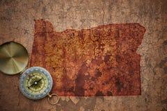 Карта положения Орегона на старой винтажной великолепной бумаге стоковая фотография