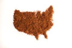 Карта США в табаке табака backgroundRolling на белой предпосылке Стоковые Изображения