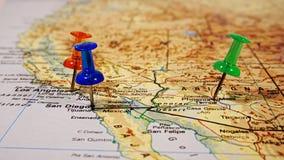 Карта с pushpins Стоковые Изображения RF