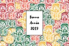 Карта Bonne Année 2019 С Новым Годом! на французском с покрашенным снеговиком как предпосылка иллюстрация штока