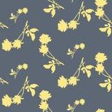 Картина акварели безшовная с силуэтами света - желтые розы и листья на серой предпосылке Китайские мотивы Стоковые Фотографии RF