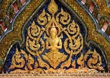 Картина ангела украсила на щипце стороны главную церковь a Стоковая Фотография