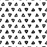 картина безшовная Абстрактная предпосылка с ходами щетки треугольника Monochrome текстура нарисованная рукой Стоковые Фотографии RF