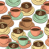 Картина вектора безшовная с кофейными чашками Стоковое фото RF