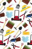 Картина вектора безшовная с садовничая инструментами Стоковые Фотографии RF