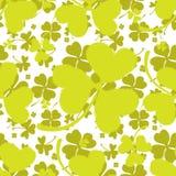 Картина весны с зеленым клевером Стоковое Изображение