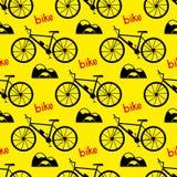 картина велосипеда безшовная велосипед велосипед перспектива горы рук пущи фокуса поля глубины велосипедиста отмелая Стоковое фото RF