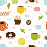 Картина вычерченного чая руки безшовная Установите символов, объектов и элементов чаепития Милая и смешная предпосылка стоковое фото