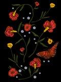 Картина вышивки родная с маками и бабочкой Стоковые Фотографии RF