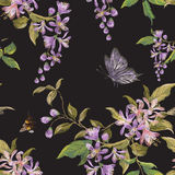 Картина вышивки флористическая безшовная с цветением сирени, бабочкой Стоковое Изображение RF