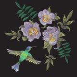 Картина вышивки этническая с колибри и экзотическими цветками Стоковое Изображение