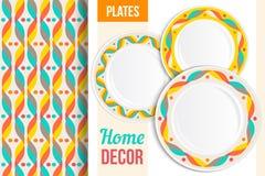 Картина и комплект декоративных плит, блюд, посуды Пустые блюда, взгляд сверху бесплатная иллюстрация