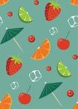 Картина коктеиля плодоовощ на утесах Стоковое фото RF