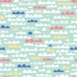 Картина милого вектора питомника облаков безшовная Розовые, желтые, голубые и белые облака на предпосылке мяты Печать детей младе бесплатная иллюстрация
