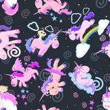 Картина милого единорога безшовная, волшебное летание Пегаса с крылом и рожок на радуге, иллюстрации вектора лошади фантазии Стоковое фото RF