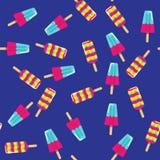 Картина мороженого на голубой предпосылке Мороженое лета на ручке на предпосылке картины Стоковое Изображение
