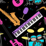 Картина музыкальных инструментов безшовная Стоковое Изображение