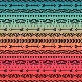 Картина нарисованная рукой геометрическая этническая племенная безшовная оборачивать вектора темы бумаги иллюстрации напитков рет Стоковые Фото