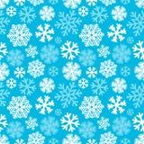 Картина праздничных снежинок рождества и Нового Года безшовная bluets Стоковые Изображения