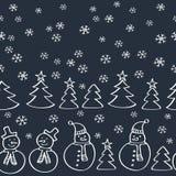 Картина рождества безшовная с снеговиками, елью и снежинками Стоковые Изображения RF