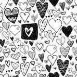 Картина смешных значков сердец doodle безшовная Валентинка нарисованная рукой Стоковые Изображения