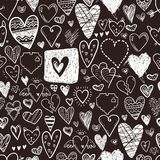 Картина смешных значков сердец doodle безшовная Валентинка нарисованная рукой Стоковая Фотография