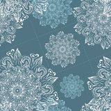 Картина снежинки вектора рождества безшовная Улучшите для печатать на ткани или заверните в бумагу Стоковое Изображение