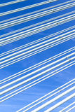 Картина стальных проводов современного моста Стоковое Изображение RF