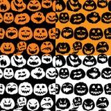 Картина с сторонами тыкв - различное emoti хеллоуина безшовная Стоковая Фотография