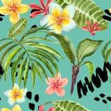 Картина тропических листьев акварели безшовная Рука покрасила лист ладони, экзотические цветки plumeria и зеленую листву иллюстрация штока
