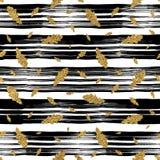 Картина дуба листьев осени золота безшовная на линейной предпосылке Стоковые Фото