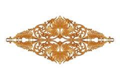 Картина цветка высекла на древесине для украшения на белизне Стоковое Изображение