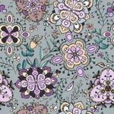 Картина ярких цветков Doodle безшовная Стоковое Изображение RF