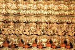 Картина Garuda на древнем храме Стоковое Изображение RF