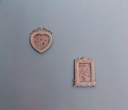 2 картинной рамки на стене Стоковое фото RF