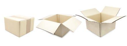 Картонная коробка собрания связала тесьмой вверх и изолировала Стоковые Изображения RF