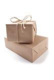 2 картонной коробки для поставки на изолированной белой предпосылке Стоковые Фотографии RF