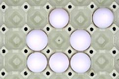 картон коричневого цвета коробки предпосылки eggs изолированная бортовая белизна Стоковые Фотографии RF