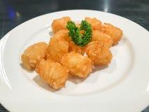 картофельные оладьи на плите Стоковая Фотография