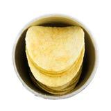 Картофельные стружки куска в чонсервной банке Стоковое Фото
