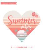 Карточка лета/логотип предпосылки для футболок Стоковое Фото
